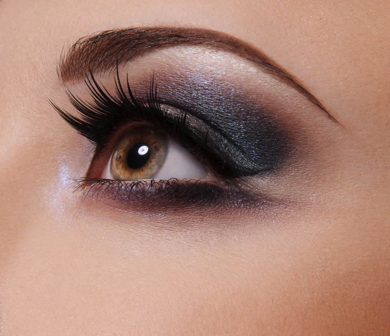Glamour Eye make up  close